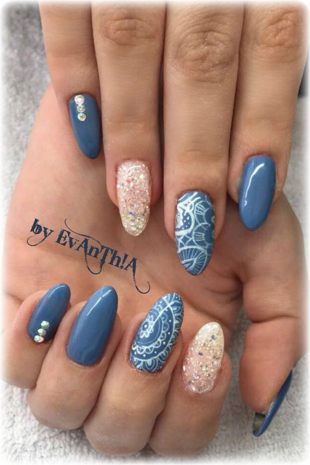 #nails #gelnails #manicure #prettynails #instanails #coolnails #nails2inspire #inspiration #nailart #mandala #handmade #nostickers #almondnails #longnails #blue  #white #glitter #strass #gelpolish  #cmarso #by_Evanthia