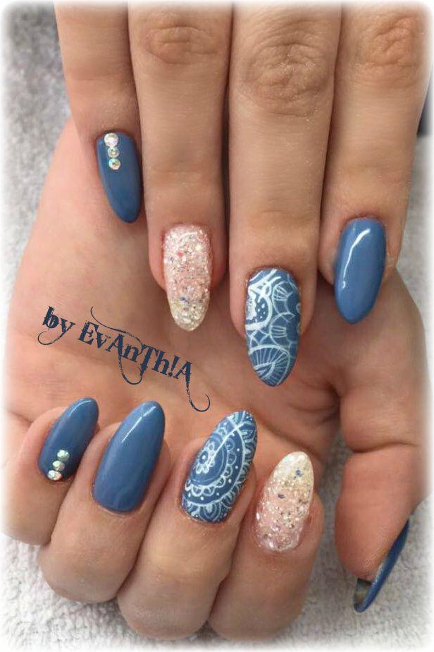 #nails #gelnails #manicure #prettynails #instanails #coolnails #nails2inspire #inspiration #nailart #mandala #handmade #nostickers #almondnails #longnails #blue  #white #glitter #strass #gelpolish  #cmarso #by_Evanthia