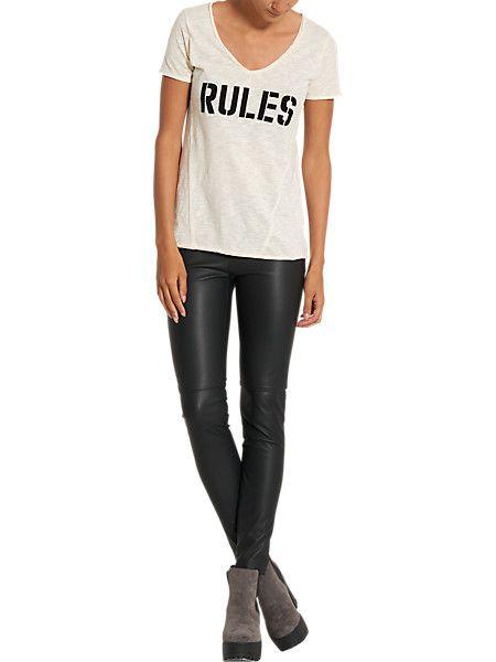 t-shirt v-hals offwhitewit