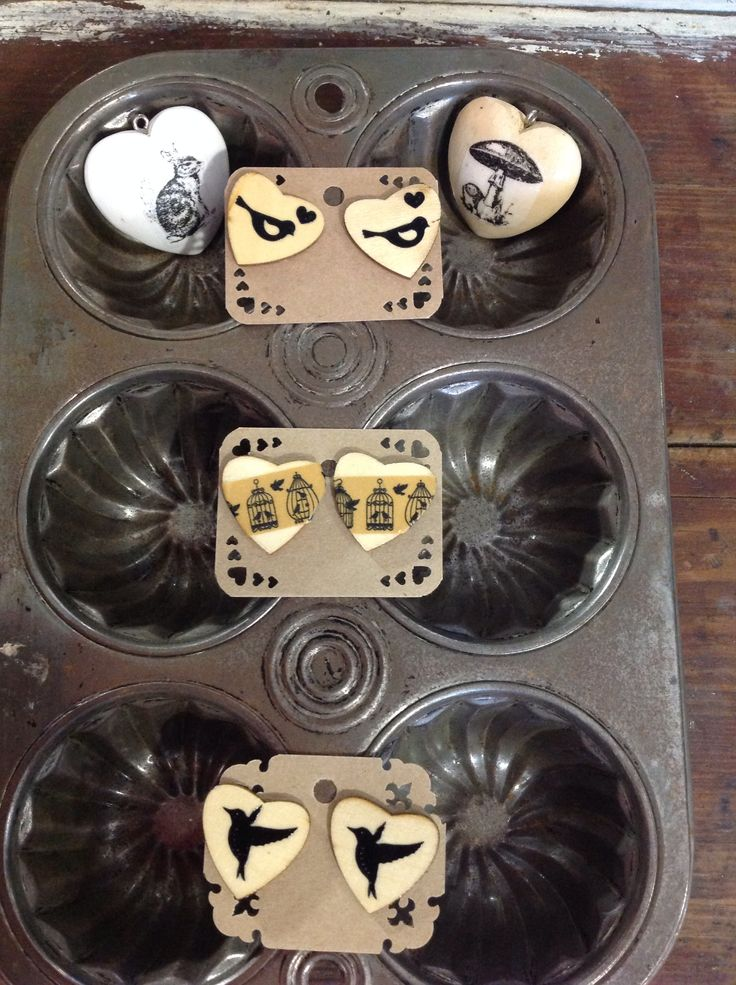 Wooden earrings and hearts pendants.