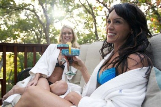 """Throwing Hot Tub Parties:  A spa can be the central part of any party, or an added element thats guests enjoy before or after the party begins. Whichever way you plan, hot tub parties are different and have special considerations.   A great blog, """"Throw the Ultimate Hot Tub Party,"""" by Bullfrog Spas provides a list of useful tips, including the right temperature to set your hot tub at, and the best type of drinking glasses to use around a hot tub.  Photo: Bullfrog Spas http://www.longislandh"""