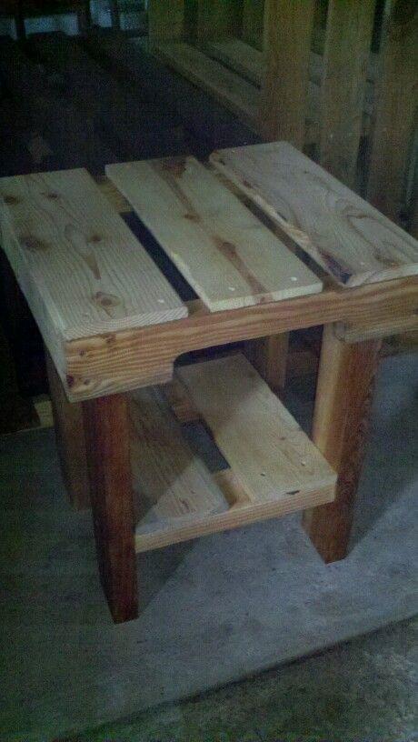 Pallet table SALE $30 Jon 916-599-0792