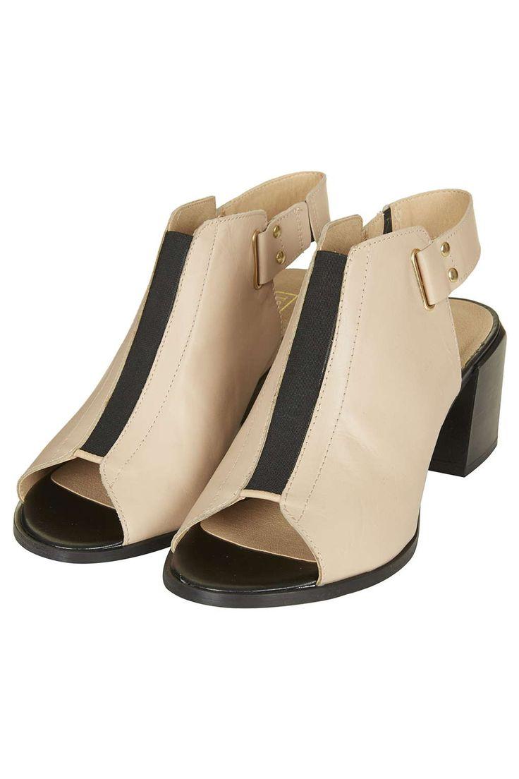 Photo 3 of JUICY Mid-Heel Shoes