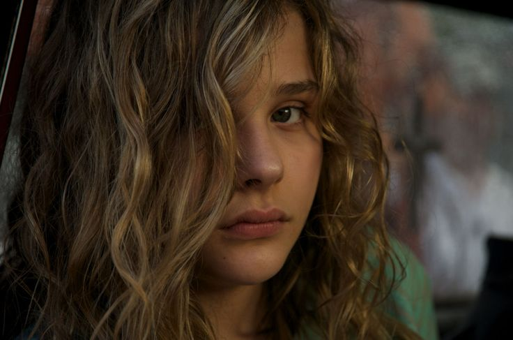 chloe moretz texas killing fields   Chloe Moretz stars as Little Anne Sliger in Anchor Bay Films' Texas ...