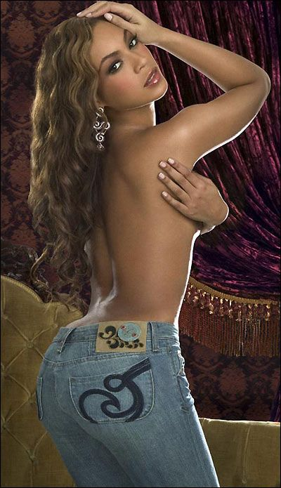 beyonce knowles topless wearing blue skinny jeans jeans for curvy