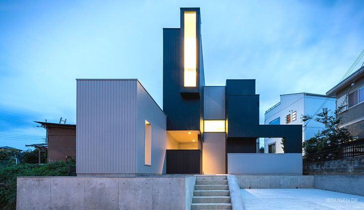 This tetris house has a unbelievable view in every room.