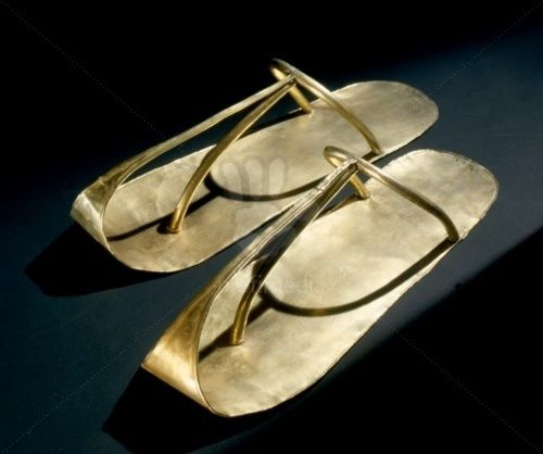 Gold sandals found on the mummy of the Pharaoh Heqakheperre Shoshenq II (887–885 BC), an Egyptian king of the 22nd dynasty of Egypt. He was the only ruler of this Dynasty whose tomb was not plundered by tomb robbers. His final resting place was discovered within an antechamber of Psusennes I's tomb at Tanis by Pierre Montet in 1939.