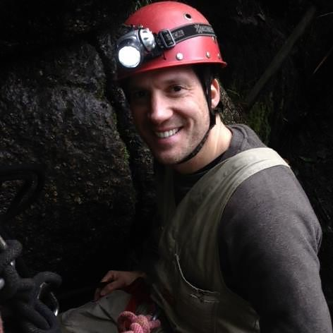 Descend into the subterranean world of adventure caving with this truly amazing caving experience close to Melbourne.