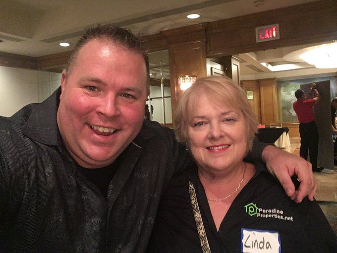 Catching up with Scott Carson at LAREIA club! #money #business #realestate #dreams #invest #investments #goals #mortgages