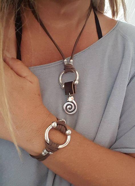 aa2a9c459d93c Conjunto de collar de cuero y pulsera