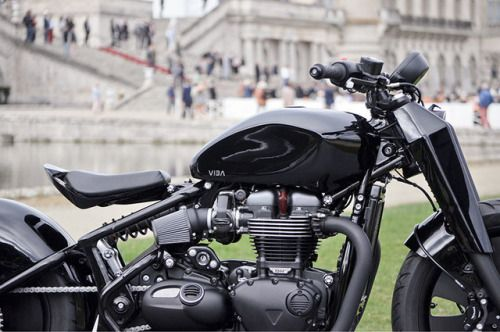 "Triumph 1200 Bobber ""Qora"" by VIBA Motor #motorcycles #bobber #motos | caferacerpasion.com"