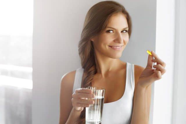 10 pírulas de beleza tratamento para o corpo, pílulas nutricosméticas, ou seja, doses de vitaminas, minerais, aminoácidos, ácidos graxos e proteínas