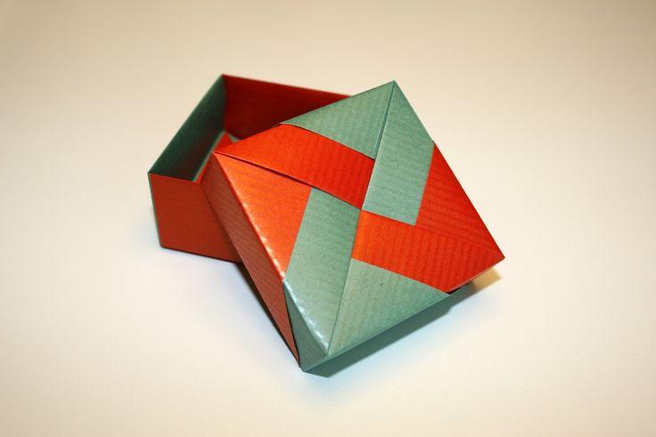 origami bo te de tomoko fuse origami pinterest. Black Bedroom Furniture Sets. Home Design Ideas