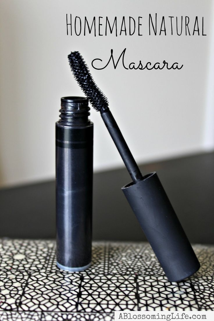 Homemade Natural Mascara made with simple ingredients