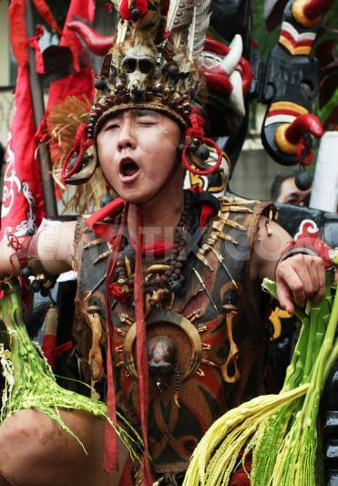 Dayak Tribe Attends Cap Go Meh New Year Celebration  New -8165