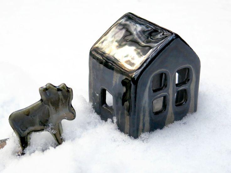 Подсвечник Домик глазурованный черный фарфор. Black porcelian. Handmade