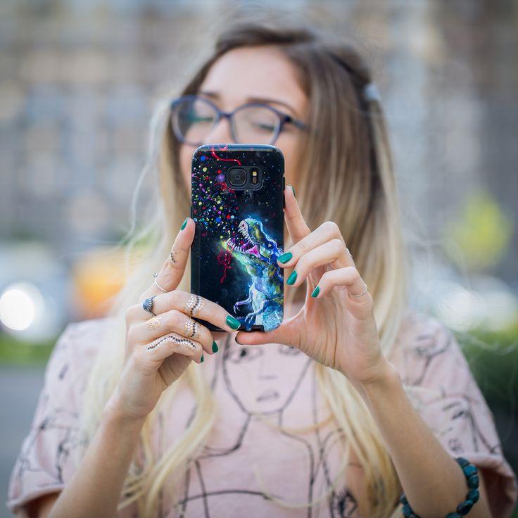 Είναι η αλήθεια ότι την εποχή των social media κανείς δεν έχει μείνει ανεπηρέαστος από την τάση των selfies.