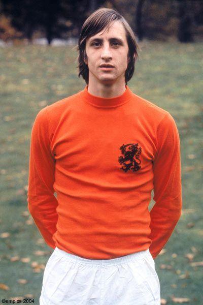 Johan Cruyff, o maior jogador holandês da história do futebol mundial.
