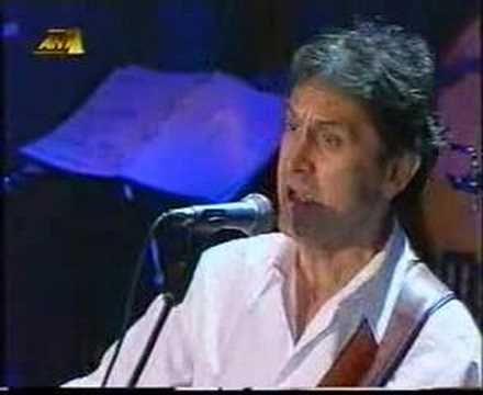 Dalaras - Kapios htipise tin porta (live)