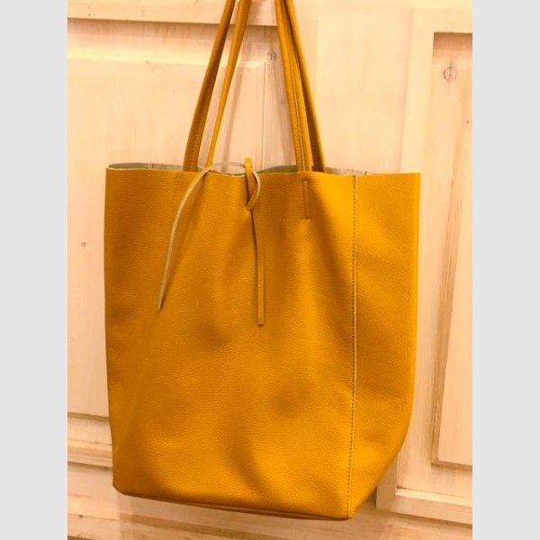 a2483f8b4f5 This great leather bag comes in various colors. She is also made of super  soft