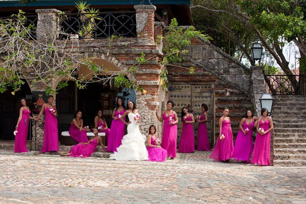 Way Too Many Bridesmaids, But Nice Background