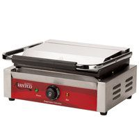 Avantco P70S Smooth Commercial Panini Sandwich Grill - 120V, 1750W