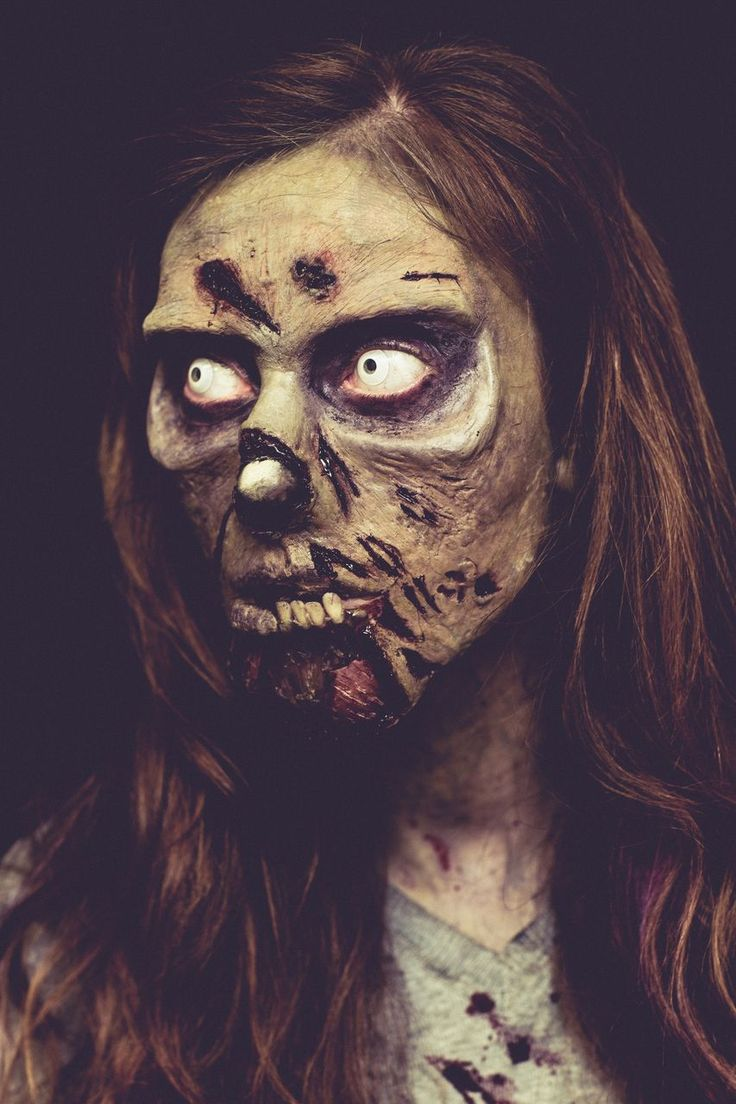 Special Effects Student Sarah Cunningham's walking dead tribute