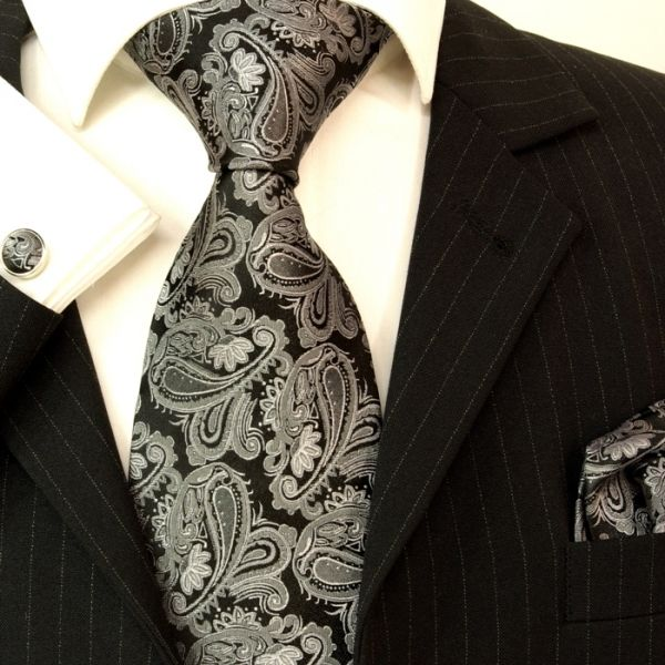 Paul Malone Extra Long Silk Necktie, Pocket Square and Cufflinks Silver  Black (Apparel)