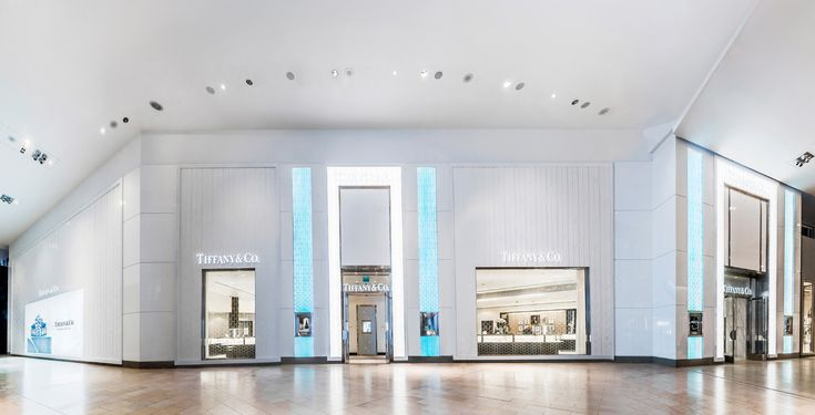 Project: Tiffany & Co., Yorkdale Mall, Toronto, ON Design: Tiffany & Co Global Real Estate Store Development General Contractor: Structure Corp. Architect: Steve E. Blatz Architect Built by Eventscape, December 2014