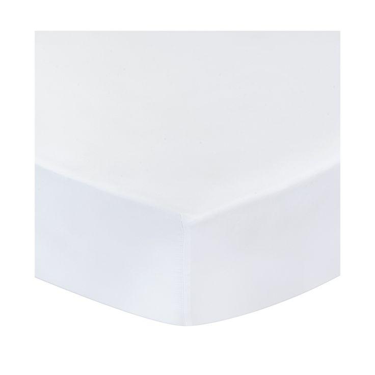 <p>Aus natürlicher Baumwolle zu Satin verwoben, begeistert unser Spannbettlaken'Vivy' mit einem klassischen Design und einer besonders hochwertigenVerarbeitung. Eingenähte Elastikbänder und abgenähte Ecken ermöglichen dasBeziehen von Matratzen bis zu 25 cm Höhe und verleihen dem Laken einen faltenfreienLook.<br /><br />Das Spannbettlaken ist in fünf verschiedenen Größen<br />und in den stilvollen Farben Weiß und Grau erhältlich.<br /><br />Mit unserer hochwertigen Bettwäsche aus…