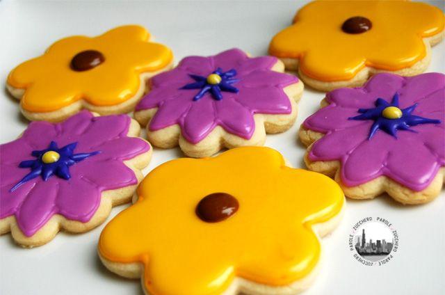 Tutorial: come decorare i biscotti. Royal icing di due consistenze diverse