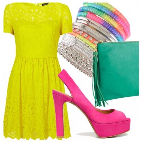 abiti e accessori colori fluo