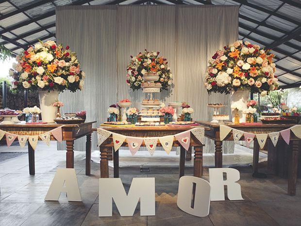 Confira a decoração e os detalhes de um casamento diurno.