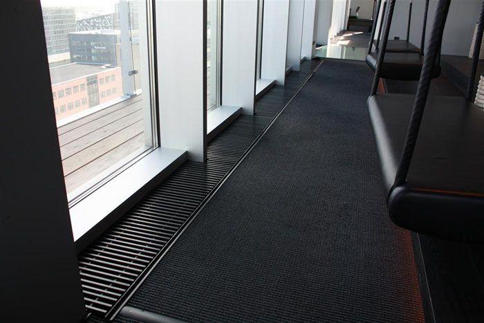 RadiatorDesign.dk -   R-sign kanalkonvektor Type PK - Sticks'n'Sushi Tivolihotellet