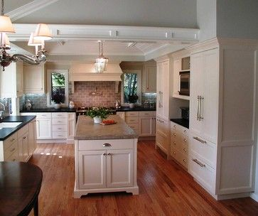 Traditional New England Style | New England Style Kitchens Design Ideas,  Pictures, Remodel,