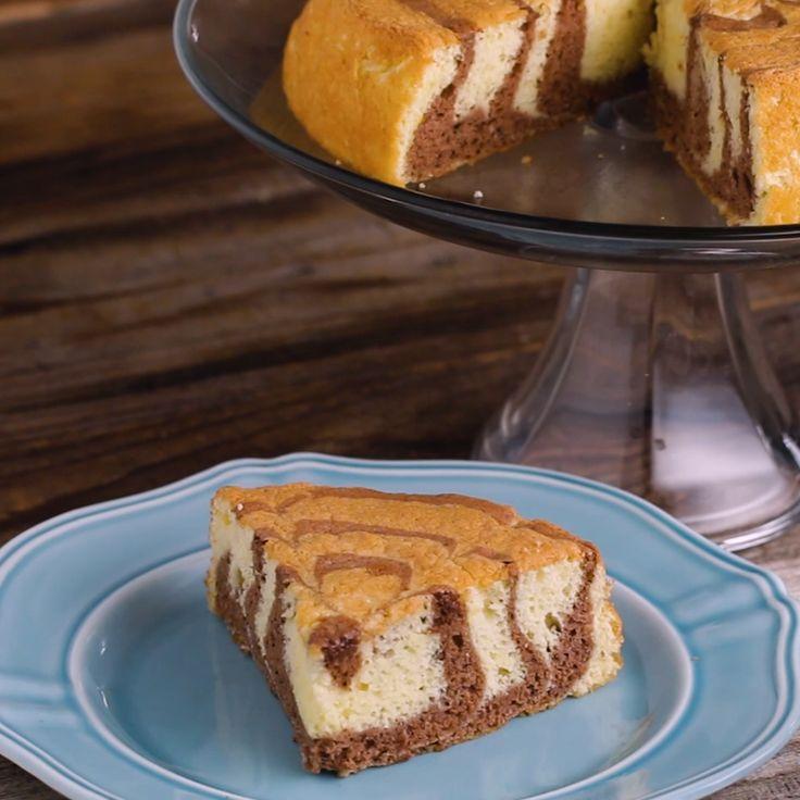 Zebra Sponge Cake // #cake #marblecake #chocolate #dessert #tasty