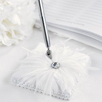 Feathered Flair Pen Set - White weddingneeds.carlsoncraft.com