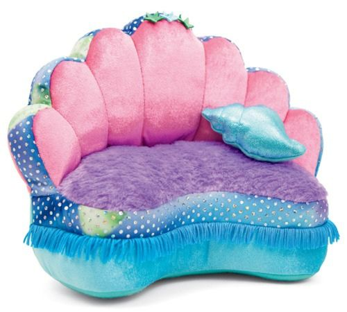 Don't know where this is from but WOW... An actual mermaid couch. O_O