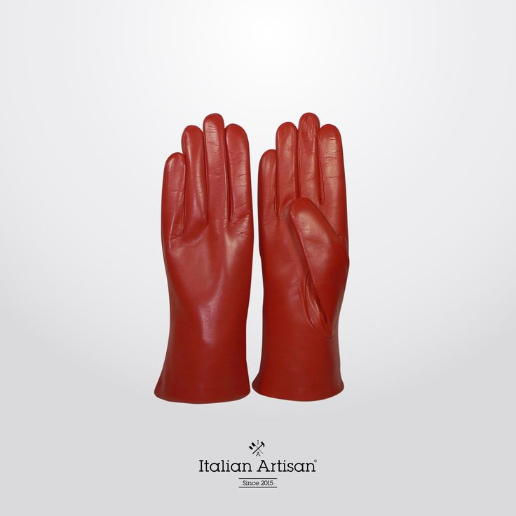 A sheer delight! Finely crafted rainbow smooth #leather #gloves to carry your #womensCollection through fall. Add a rich touch of colour to your #FW #accessories #red #collection #style #madeinitaly #italianartisan