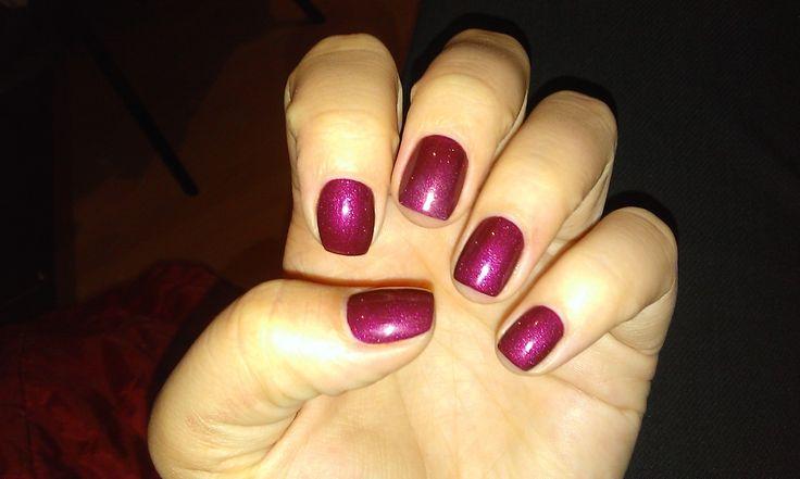 semiperm nail polish