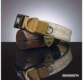 Alle halsbanden reflecteren over de hele lengte en zijn voorzien van zacht neopreen. Ze zijn veelzijdig en individueel in de hondensport inzetbaar