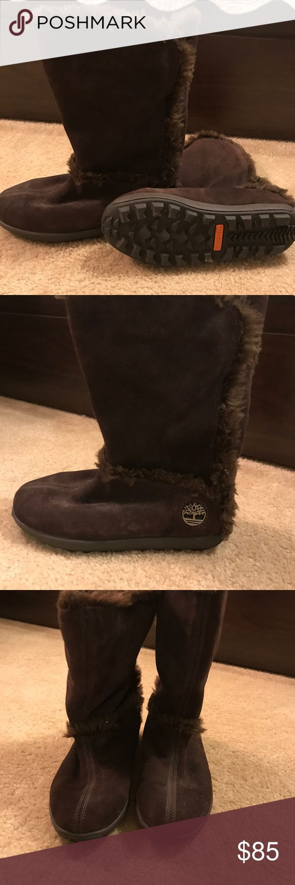 Timberland snow boots Brown with furry lining. Never worn. Timberland Shoes Winter & Rain Boots