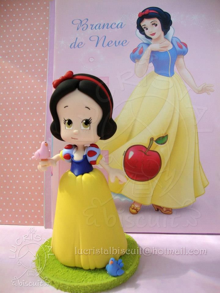 Snow White, Disney-Style ||| clay doll, sculpture