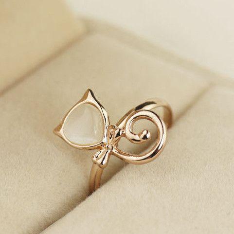 Lovely 18K Gold Opal kitty Women's Rings