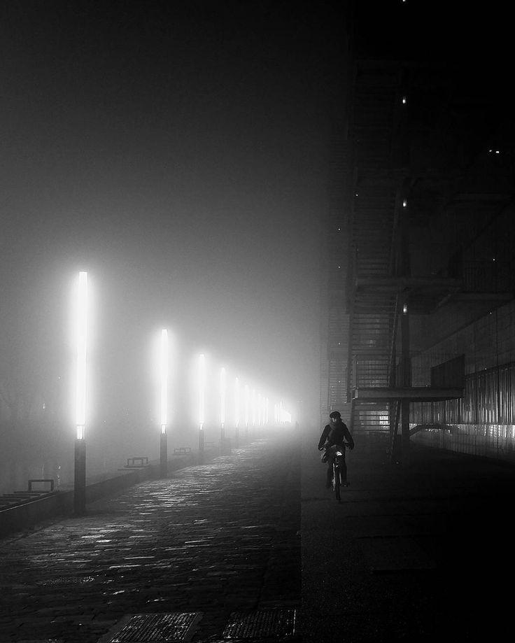 Strasbourg médiatheque André Malraux  #fujifilm #fujifilm_xseries #goodnight #lights #light #snapseed #fuji #moon #nightphotography #fujifeed #dark #monochrime #fujixseries #nightsky #strasbourg #malraux #xt1 #nighttime #myfujifilm #sleep #fog #cloudporn #good #nightlife #fujifilmx_us #fujixt1 #tree #morning #horizon #x100t