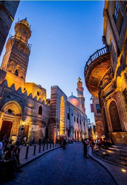 Offerte viaggi Egitto, il Cairo islamico http://www.italiano.maydoumtravel.com/Pacchetti-viaggi-in-Egitto/4/0/