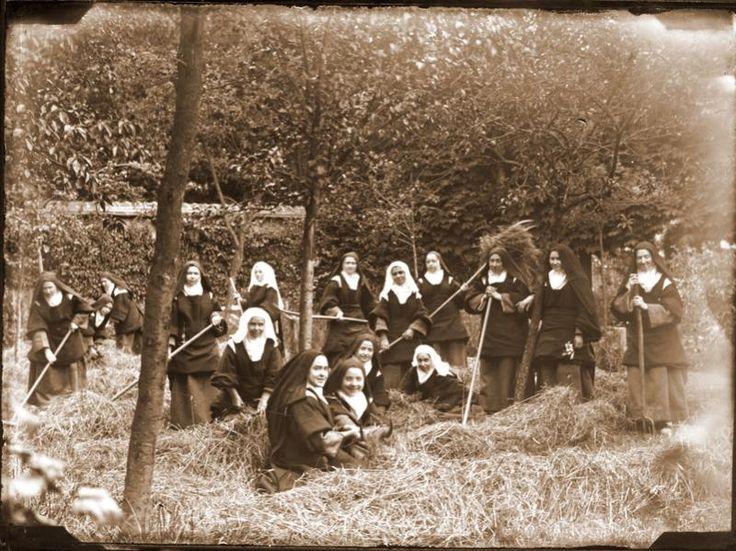 Photo 35 - Saint Therese of Lisieux