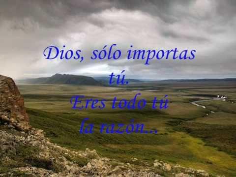 Dios - Una de las canciones que refleja la pasión por la presencia de Dios que ha marcado el ministerio y la voz de Danilo Montero. Compra tu música. llama al 746010.