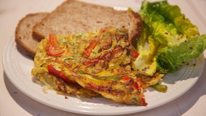 Kleurige paprika-omelet - recept | 24Kitchen
