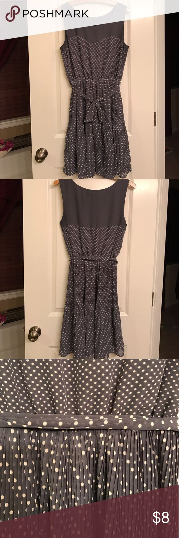 Gap Dress Pleated polka dot chiffon. The color is an off gray with a hint of blue💝💕 GAP Dresses Midi